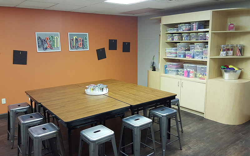 art-crafts-room